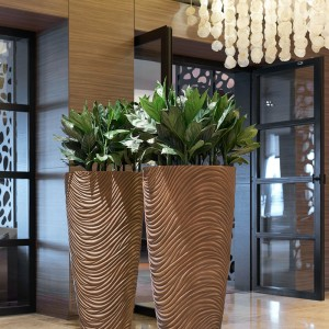 Graphic Vase Large Bronze